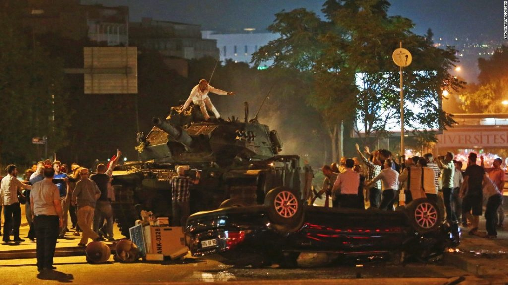 160715194825-20-turkey-coup-0715-super-169