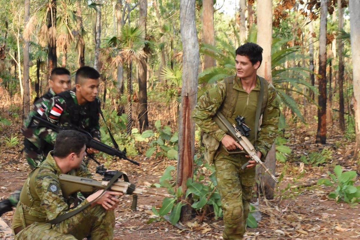 latihan-bersama-tni-australia-1