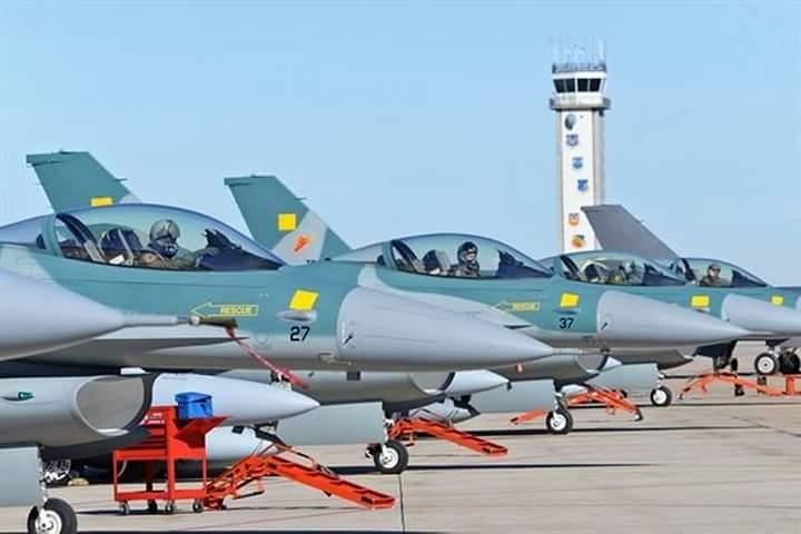 Empat pesawat diinspeksi akhir sebelum terbang ke Indonesia. Foto: Afb Hill